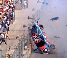 NASCAR: The 25 Most Ridiculous Crash Photos in Sprint Cup History No matter how skilled they are, every NASCAR driver has had the unfortunate experience of getting into a crash. One can only imagine the helplessness felt by these drivers as they fly thr Nascar Crash, Nascar Race Cars, Nascar Sprint Cup, Nascar Wrecks, Richard Petty, King Richard, Daytona 500, Earnhardt Jr, Vintage Racing