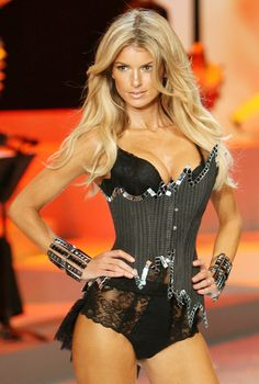Marisa Miller, Victoria's Secret Fashion Show