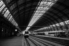 Amsterdam central station. © Ronnie Spoelstra. In transit. Amsterdam, The Netherlands.