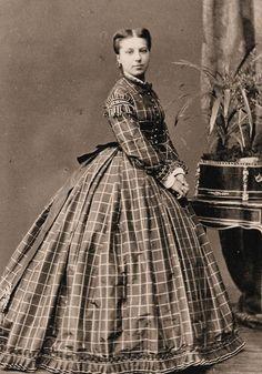 Silk windowpane dress with epaulets on sleeves, 1860s