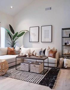 Best Solution Small Apartment Living Room Decor Ideas 2019 – Home Decoration Small Apartment Living, Home Living Room, Living Room Designs, Living Room Decor For Small Spaces, Pictures Of Living Rooms, Natural Living Rooms, Small Apartments, Tropical Living Rooms, Living Room Decor Simple