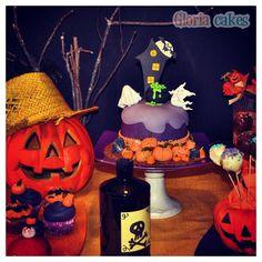 Tarta Halloween. Halloween cake www.facebook.com/GloriaCakes www.gloriacakes.com  #Halloween #HalloweenCake  #pumpkin #pumpkinCake