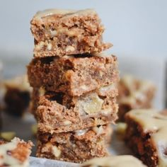Brown butter blondies filled with chunks of summer peaches and caramelised white chocolate