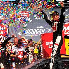 Greg Biffle of Roush Fenway Racing secures 1,000 NASCAR win for Ford! Congrats Biff!