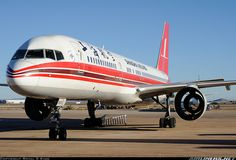 Boeing 757-26D aircraft picture