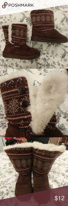 Brown button up faux fur boots Brown button up faux fur boots with cream, pink and blue knit pattern.  Size 4. Good condition, worn a couple times. zodiac Shoes Winter & Rain Boots