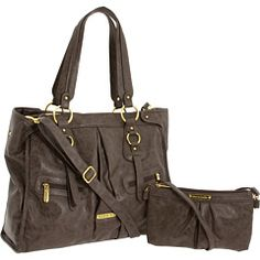 I don't need a diaper bag, but this is so much cuter than the ones I see girls lugging around!!