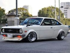 Datsun Sunny .... my dream car