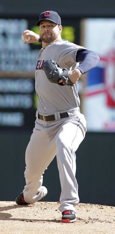 Corey Kluber strikes out 14 in a second straight start to take the 7-2 win against the Twins.