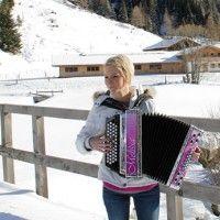 Melissa Naschenweng (Austria) – Austrian Schlager Singer