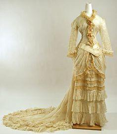 1881 American Wedding Dress made of Cotton & Silk