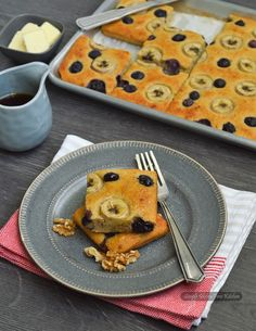 Low carb, gluten free and NO ADDED SUGAR breakfast sheet cake with blueberries and bananas.