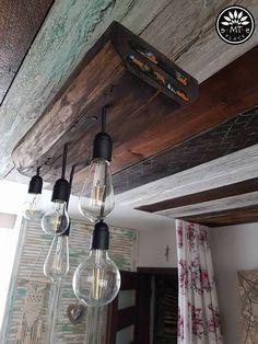 Lampa ze starej belki nośnej.