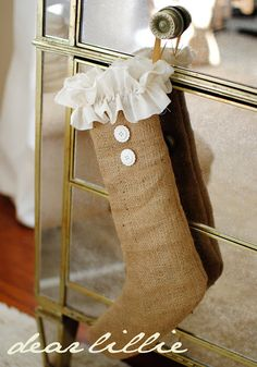 awesome stocking DIY tutorial- Burlap and lace