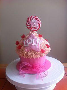 Girls 2nd birthday cupcake