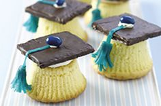 Perfect for graduation parties... or you can substitute the cupcake for a reese cup!