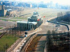 Berlin wall at Brandenburger Tor
