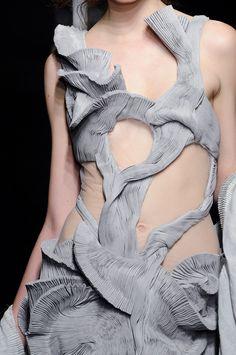 Yiqing Yin fabric manipulation #textiles #fashion