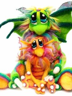 AMAZING needle felted creatures I found on Etsy today.. They remind me a bit of Fraggles.. <3 them!