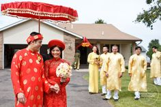 bride and groom in traditional vietnamese outfits