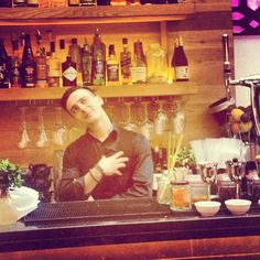 Testing testing - testing @instagram with bartender Bastien. . .