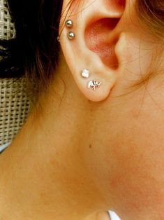 I like the two top piercings