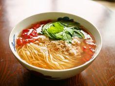 f:id:hakuoatsushi:20200617150904j:plain Cookbook Recipes, Cooking Recipes, Thai Red Curry, Spaghetti, Ethnic Recipes, Ramen, Theatre, Food Ideas, Movie