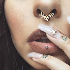 "Way too close Honeycomb septum @buddhajewelryorganics & bee nails @teananails paired with @doseofcolors new ""Cork"" liquid lipstick . Vertical labret @needlepushers Yes I have pores I'm human #wheredatfacetuneattho?! by lora_arellano"