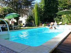 Cliquez ici pour voir un diaporama photo de cette location ! Villas, Outdoor Pool, Outdoor Decor, Free Wifi, Photos, The Unit, Seasons, Holiday, Europe