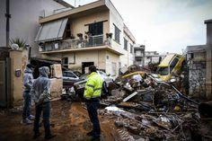 Τραγωδία με 15 νεκρούς στη Δυτ. Αττική - Πλημμύρισαν Μάνδρα, Μαγούλα, Νέα Πέραμος | Ελλάδα | Η ΚΑΘΗΜΕΡΙΝΗ
