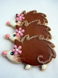 Hedgehog Sugar Cookies!!! Too cute! I could be in love with a cookie, it would be this one :)
