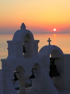 Photographic Print: Oia, Santorini, Cyclades Islands, Greek Islands, Greece, Europe by Hans Peter Merten : 24x18in