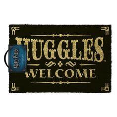 Harry Potter - Muggles Welcome Doormat - ZiNG Pop Culture Welcome Design, Harry Potter Merchandise, Welcome Door Mats, Quirky Gifts, Wands, Hogwarts, Pop Culture, Geek Stuff, How To Make