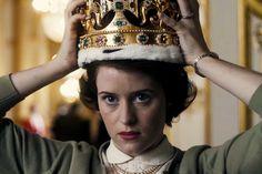 The Crown.  Séries de drama para assistir com as amigas na Netflix.