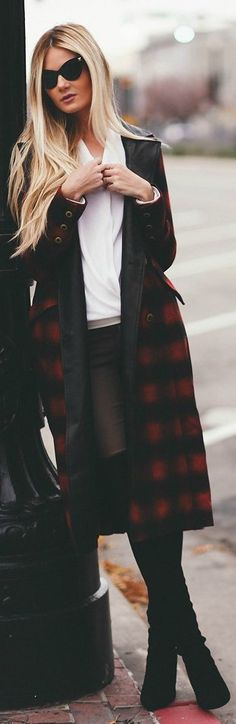 #Plaid Sergeant #Coat by Barefoot Blonde => Click to see what she wears