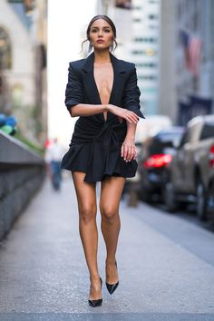 Olivia culpo rocked a chic black dress with an extreme plunge on tuesday in Olivia Culpo, Sexy Outfits, Fashion Outfits, Womens Fashion, Blazer Fashion, Ootd Fashion, Trendy Dresses, Sexy Dresses, Fashion Vestidos