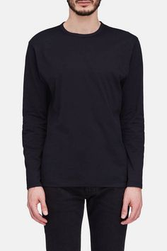 This classic long-sleeve tee is a year-round essential in fine cotton jersey: a descendant of the original lisle cotton used in some of Sunspel's first t-shirts. It is made in England from long-staple cotton fibers that are twisted together to create a strong, smooth thread. The yarn is then double-spun to remove any remaining impurities. The resulting jersey is not only long-lasting but also especially soft and lightweight.