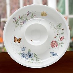 LENOX Your Home: Entertaining & Serving - Butterfly Meadow® Chip 'n' Dip   @Lenox   #Lenoxwhatsnewwithu