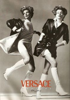 versace campaign Versace Campaign Couture FW - Trish Goff, Shalom Harlow, Kristen McMenamy, Amber Valletta by Richard Avedon 80s And 90s Fashion, Only Fashion, High Fashion Poses, Shalom Harlow, Gianni Versace, Versace Versace, Amber Valletta, Vintage Versace, Richard Avedon