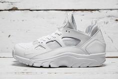 "Nike Air Trainer Huarache Low ""White/White"". NOT SURE"