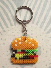 Llavero de hamburguesa hecho con hama beads mini Pony Bead Patterns, Pearler Bead Patterns, Perler Patterns, Beading Patterns, Pallette, Pokemon Perler Beads, Hama Beads Design, Peler Beads, Iron Beads