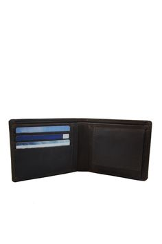 The perfect men's wallet in Eco-dark Brown. O My Bag  http://www.omybag.nl/shop/all-2/tobis-wallet-eco-dark-brown/