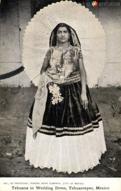 Fotos de Tehuantepec, Oaxaca, México: Tehuana en vestido de novia  - visit us on line at www.mainlymexican... and on eBay #Mexican #Mexico #antique #vintage #photography #women