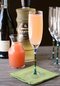 Ginger Grapefruit Sparkler -  1 ounce fresh grapefruit juice ½ ounce Domaine de Canton ginger liqueur 3-4 ounces prosecco