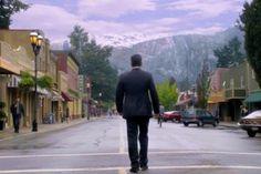 If you loved Twin Peaks, you might enjoy M. Night Shyamalan's new mystery/drama TV series 'Wayward Pines' #thriller #drama #mystery #TwinPeaks