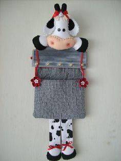 VAQUINHA PORTA CHAVES E PORTA CONTAS A PAGAR COW KEY RING AND ACCOUNTS PAYABLE