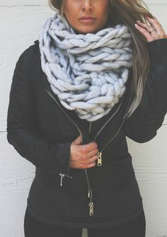 CHUNKY ULTRA SOFT KNIT SCARF // WHITE // PEBBYFOREVEE.COM                                                                                                                                                                                 More