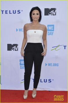 Demi Lovato & Shawn Mendes Step Out for WE Day 2015 With Nina Dobrev!: Photo #873348. Demi Lovato is smokin' hot as she makes her way onto the red carpet at 2015 WE Day held at the Air Canada Centre on Thursday (October 1) in Toronto, Canada. …
