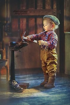 Trains, Teddy Bears and abandoned places - Trains, Teddy Bears and abandoned places - Precious Children, Beautiful Children, Beautiful Babies, Beautiful Life, Baby Pictures, Baby Photos, Cute Pictures, Little People, Little Boys