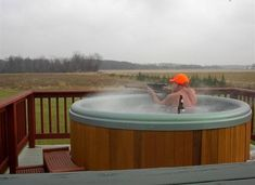 Redneck Hot Tub Hunting! Too Funny!